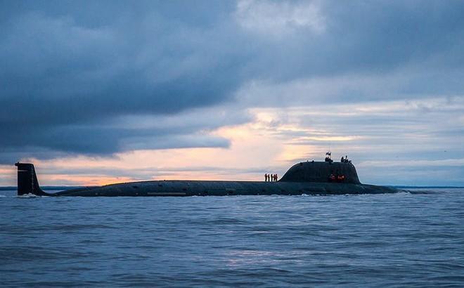 """Mỹ-NATO khiếp sợ hạm đội tàu ngầm Nga mang tên lửa Kalibr, """"cuống cuồng"""" tìm cách đối phó"""