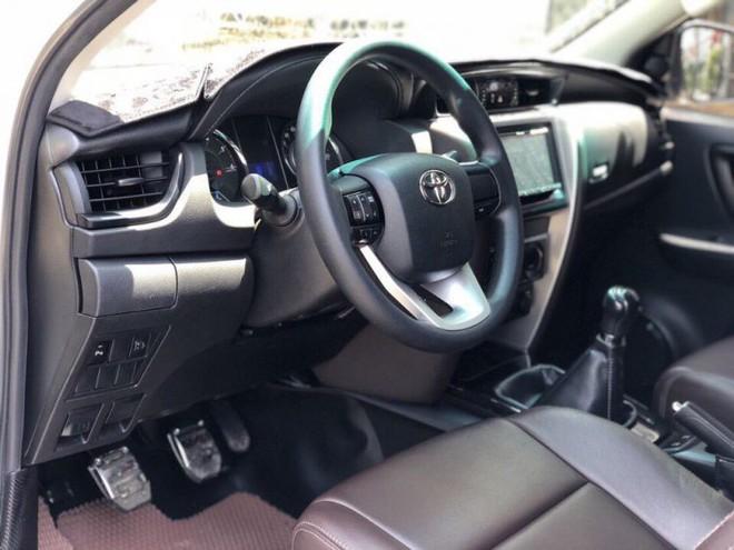 Toyota Fortuner: Thời vàng son đã qua, tụt dốc không phanh, giảm giá hơn trăm triệu - Ảnh 3.