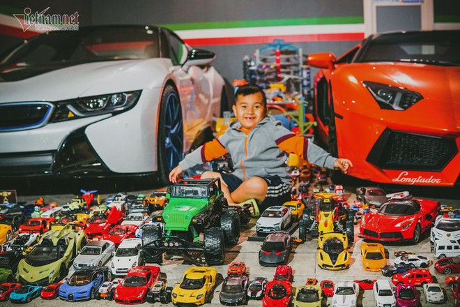 Cậu bé người Việt sở hữu 7.000 siêu xe gần tỷ đồng - ảnh 1