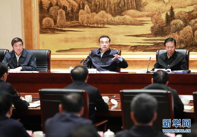 Trung Quốc công bố loạt chỉ số u ám: Thủ tướng Lý Khắc Cường lần đầu phải thừa nhận kịch bản không tưởng - ảnh 2