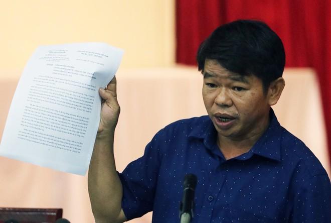 Tổng Giám đốc nước sạch sông Đà nói trong buổi họp báo vụ nước nhiễm dầu thải: Vâng, xin lỗi! - Ảnh 3.
