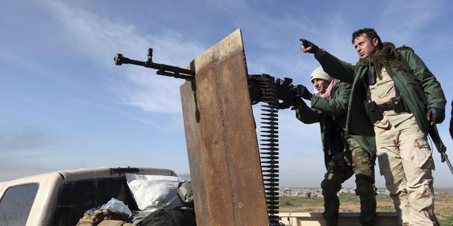 QĐ Syria bị bắt sống xe tăng hiện đại - Chiến sự 1 ngày bằng 4 năm, xoay chuyển chóng mặt - Ảnh 1.