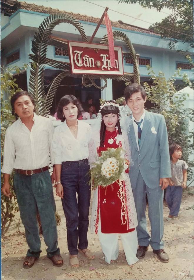 31 năm trước uống một cốc nước mía bên đường, người đàn ông mê luôn cô bán hàng, diễn một cú lừa rồi thành công cưới về làm vợ - ảnh 7