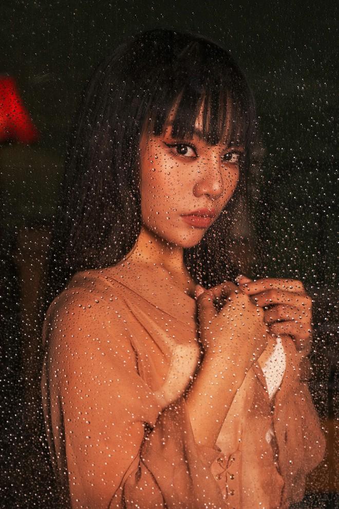 Hình ảnh nóng bỏng ở tuổi 22 của quán quân The Voice Vũ Thảo My - Ảnh 1.