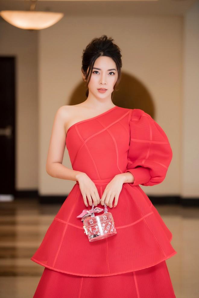 Á hậu Yan My đọ sắc cùng vợ ca sĩ Tuấn Hưng - Ảnh 2.