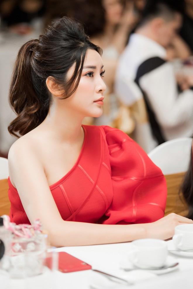 Á hậu Yan My đọ sắc cùng vợ ca sĩ Tuấn Hưng - Ảnh 7.