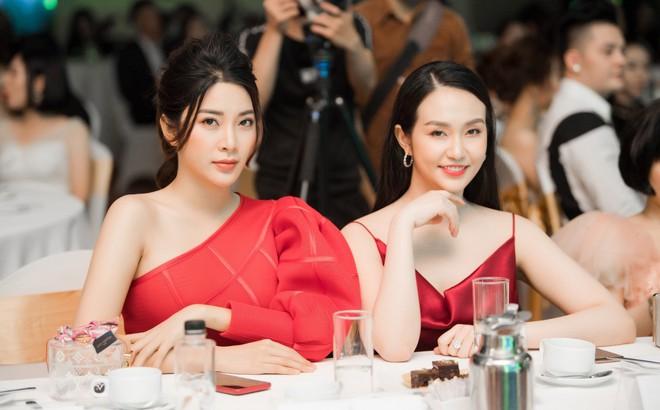 Á hậu Yan My đọ sắc cùng vợ ca sĩ Tuấn Hưng