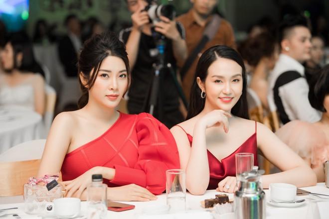 Á hậu Yan My đọ sắc cùng vợ ca sĩ Tuấn Hưng - Ảnh 5.