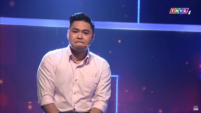 Con trai Lê Giang khóc, xin lỗi vợ hơn 8 tuổi và có hai con riêng: Xin lỗi vì để em trải qua khổ cực - Ảnh 3.
