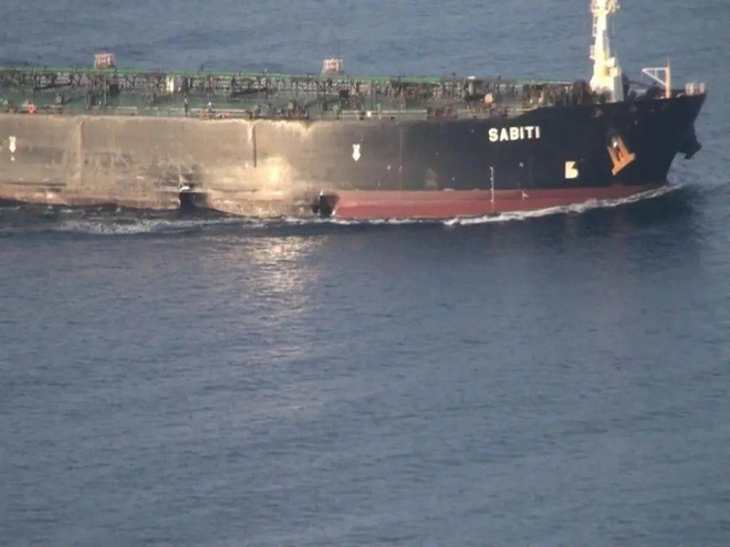 Bí mật động trời: Bàn tay đen tập kích tên lửa vào tàu dầu Iran là một nhà nước! - Ảnh 1.