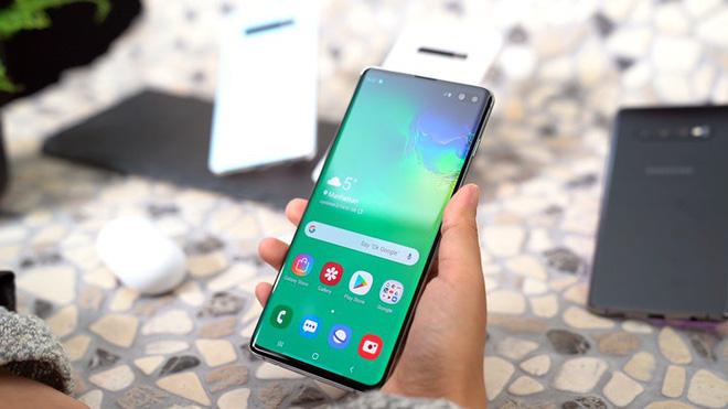 Samsung sẽ ra mắt smartphone với camera dưới màn hình vào năm sau - Ảnh 1.
