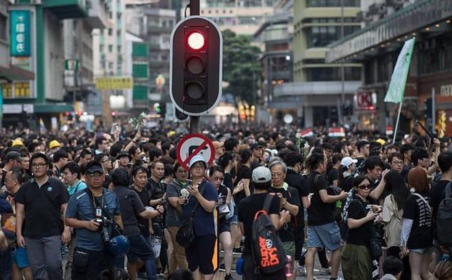 """Tuyên bố nguyên tắc """"không can thiệp"""" nhưng ứng xử của Trung Quốc cho thấy điều ngược lại"""