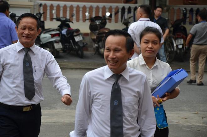 Chủ tọa xử gian lận điểm thi ở Hà Giang: Không biết mà điểm tăng vù vù, nói phải có tính thuyết phục - Ảnh 4.