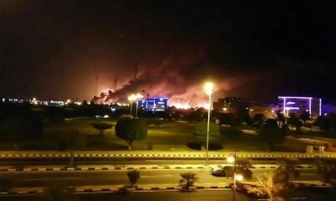 Saudi Arabia bị Mỹ lừa và trấn lột: Cay đắng vì hệ thống tên lửa thần thánh gục ngã? - Ảnh 2.