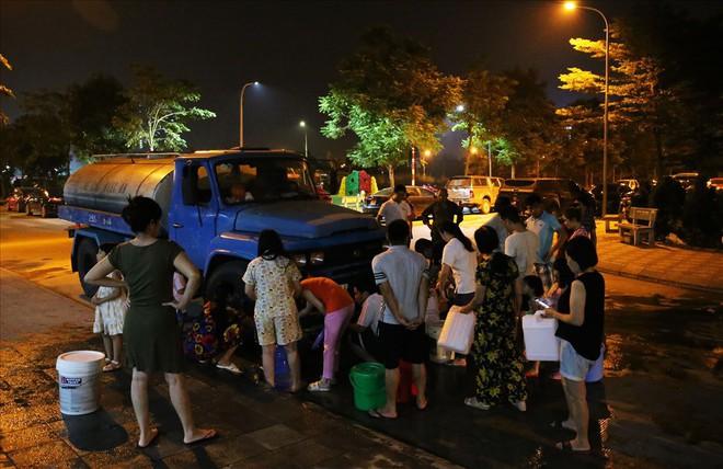 Hòa Bình họp báo vụ ô nhiễm nước sạch sông Đà: Đã khởi tố vụ án hình sự - Ảnh 9.