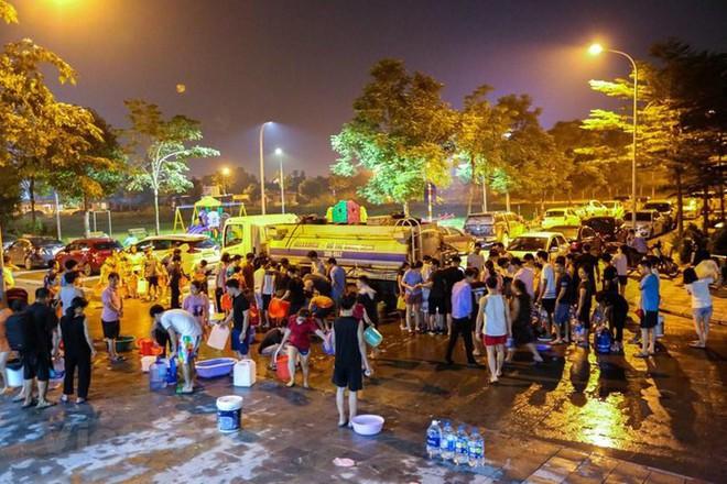 Hòa Bình họp báo vụ ô nhiễm nước sạch sông Đà: Đã khởi tố vụ án hình sự - Ảnh 8.