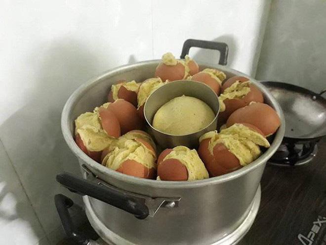 Cô gái học theo trên mạng làm món trứng hấp và cái kết khiến nhiều người chỉ muốn 'buông bát đũa' - ảnh 8