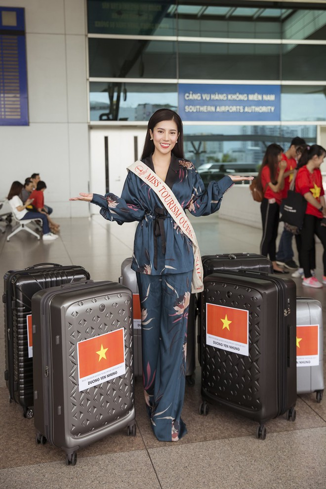 Dương Yến Nhung mang 120kg hành lý dự thi Hoa hậu du lịch thế giới - Ảnh 4.