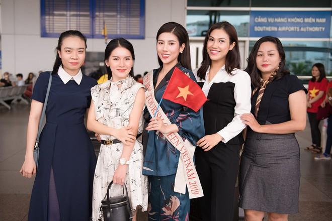 Dương Yến Nhung mang 120kg hành lý dự thi Hoa hậu du lịch thế giới - Ảnh 7.