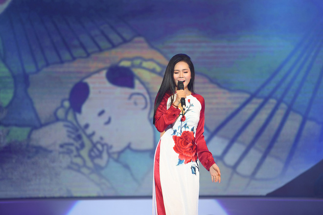Lương Nguyệt Anh đọ sắc với Minh Chuyên, hát Quê mẹ người ơi ngọt ngào, da diết - ảnh 7