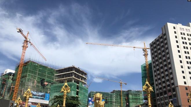 Dân nghèo Campuchia rời đi nhường đất cho người TQ: Vì đâu người bản địa chẳng thể mưu sinh ở chính quê mình? - Ảnh 1.