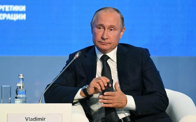 """TT Putin bất ngờ khen ngợi người đồng cấp Mỹ, tiết lộ điều Nga """"coi trọng"""" trong chính sách của ông Trump"""