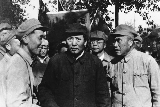 Hình ảnh Trung Quốc 70 năm trước: Những khoảnh khắc còn ám ảnh cho tới ngày nay - Ảnh 4.
