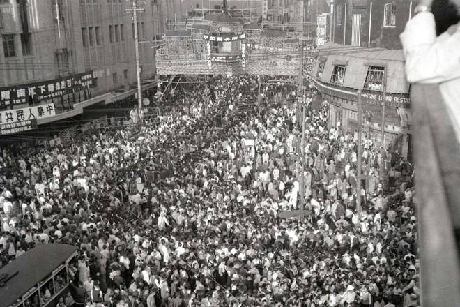 Hình ảnh Trung Quốc 70 năm trước: Những khoảnh khắc còn ám ảnh cho tới ngày nay - Ảnh 17.