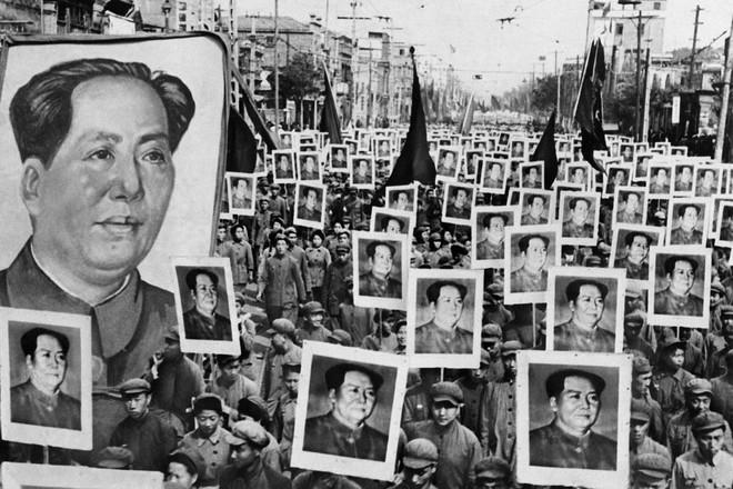 Hình ảnh Trung Quốc 70 năm trước: Những khoảnh khắc còn ám ảnh cho tới ngày nay - Ảnh 19.