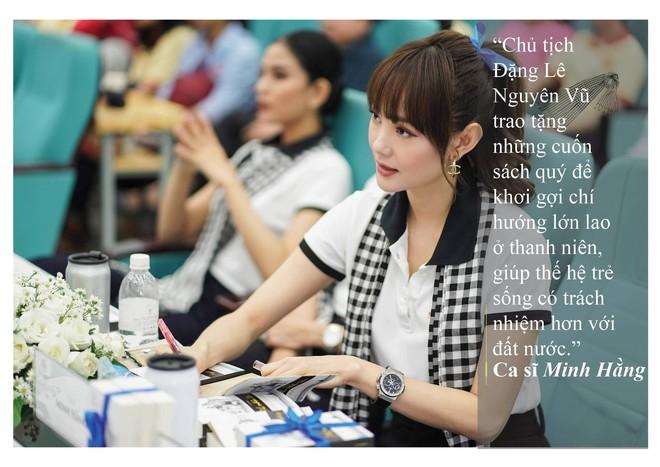 Những câu nói ấn tượng của người đẹp Việt khi tặng sách tại Đồng bằng Sông Cửu Long - Ảnh 12.