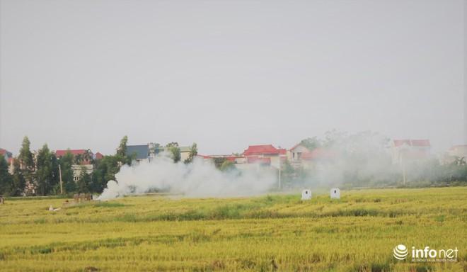 Sát thủ không khí lại xuất hiện, khói rơm rạ bắt đầu bủa vây Hà Nội - Ảnh 5.