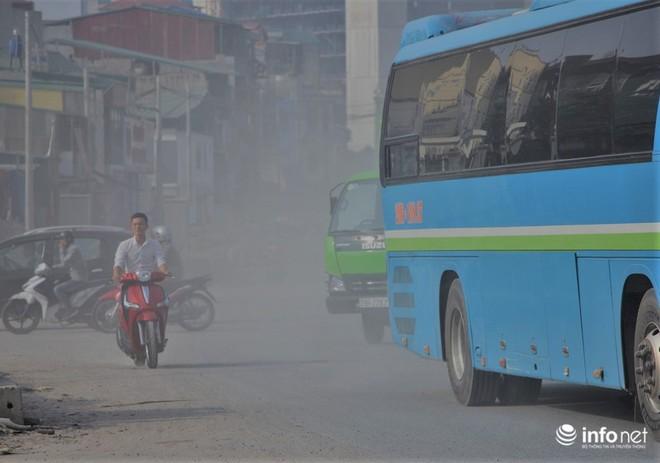 Sát thủ không khí lại xuất hiện, khói rơm rạ bắt đầu bủa vây Hà Nội - Ảnh 9.
