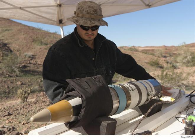 Giao tranh dữ dội với Pakistan, Ấn Độ cấp tốc dùng đạn pháo tối tân định vị vệ tinh của Mỹ - Ảnh 2.