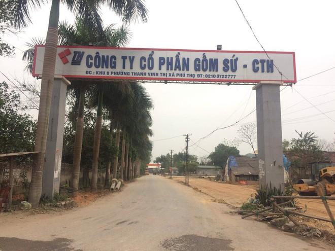 Chủ tịch Cty CP gốm sứ Thanh Hà: Dầu thải bị đổ trộm vào nguồn nước sông Đà là của Cty tôi - Ảnh 1.