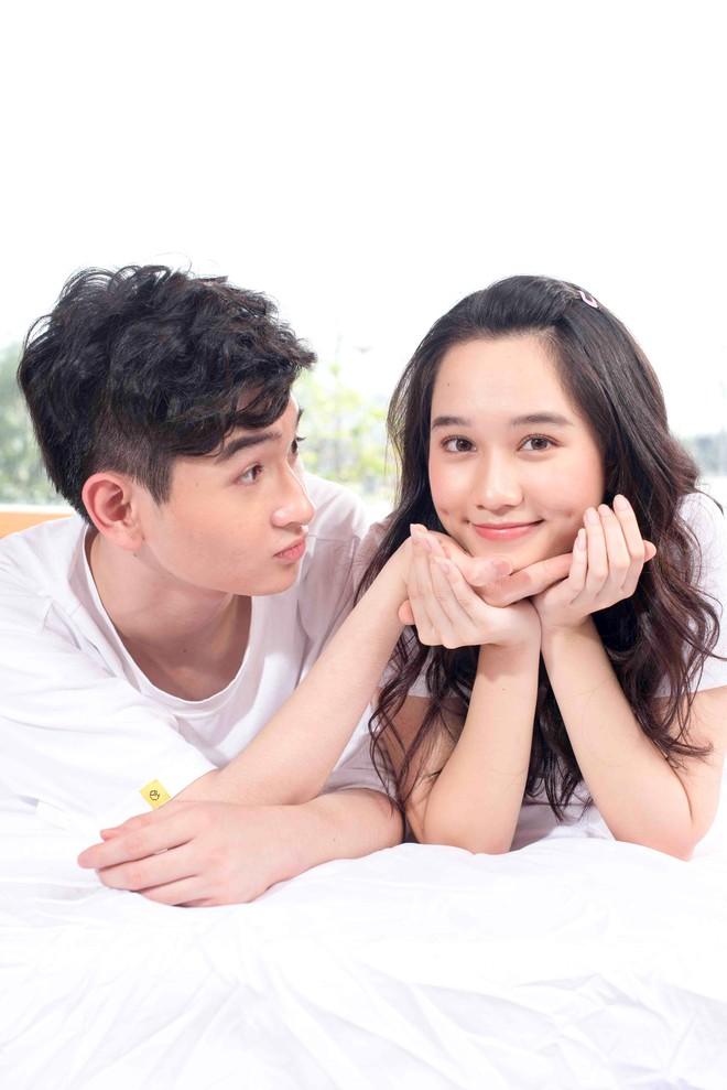 Con trai nuôi Minh Nhí chụp ảnh tình cảm với bạn gái xinh đẹp - Ảnh 3.