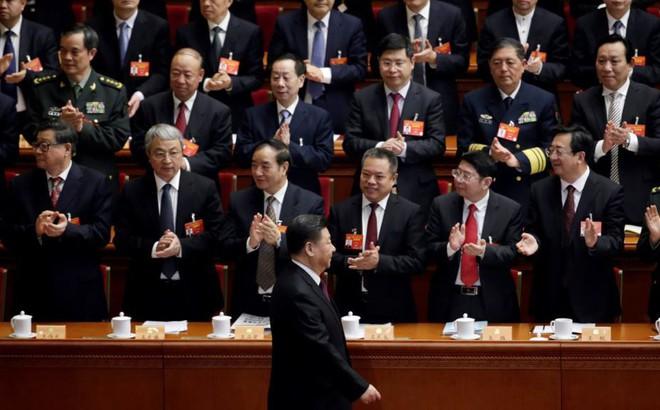 """""""Hổ lớn"""" nhận phán quyết không tưởng từ Bộ chính trị Trung Quốc: Bước ngoặt trong chiến dịch của ông Tập?"""