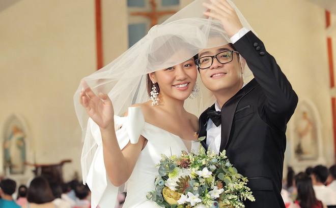 """Văn Mai Hương kết hôn chỉ là """"chiêu trò"""", đây mới là sự thật!"""
