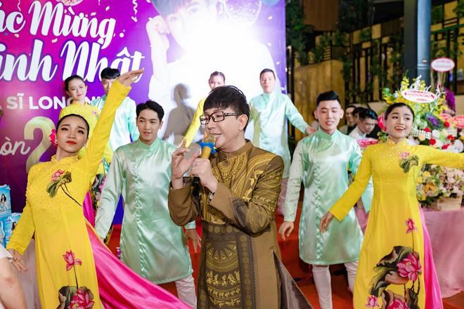Tổ chức sinh nhật linh đình như đám cưới, Long Nhật khóc khi nhắc tới Vương Bảo Tuấn - ảnh 11