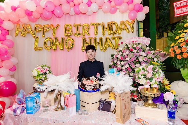 Tổ chức sinh nhật linh đình như đám cưới, Long Nhật khóc khi nhắc tới Vương Bảo Tuấn - ảnh 2