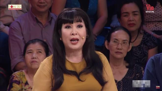 NSND Hồng Vân kể về điềm báo lạ lùng khi nghệ sĩ Quốc Hòa, Lê Công Tuấn Anh qua đời - ảnh 4