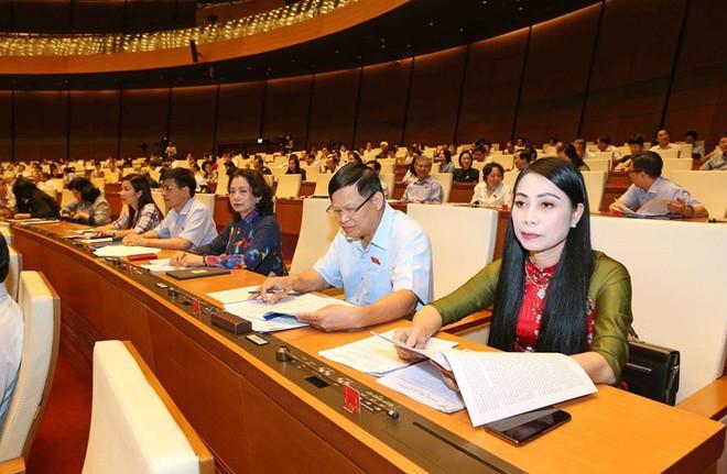 Quốc hội đề nghị Chính phủ có giải pháp ứng phó với vấn đề phát sinh ở Biển Đông - Ảnh 1.