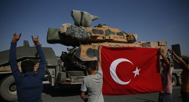 Thổ Nhĩ Kỳ nuốt lời, đột ngột tấn công SDF - Chiến sự Syria căng như dây đàn - Ảnh 29.