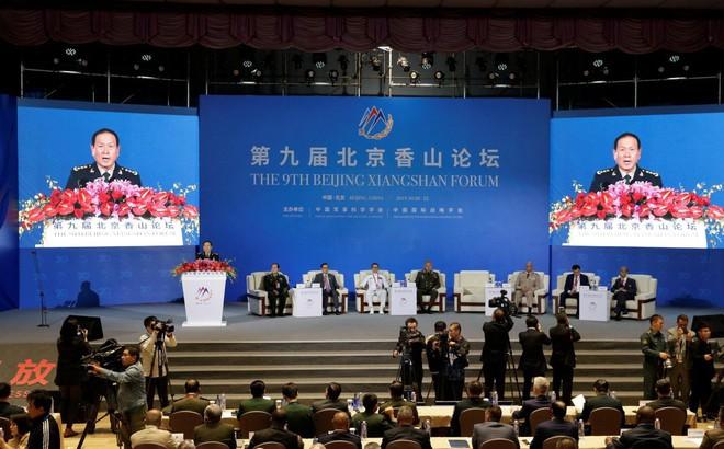 """Bài phát biểu ẩn ý của BTQP Trung Quốc: Vì sao Bắc Kinh không """"chỉ thẳng mặt"""" Mỹ như năm ngoái?"""