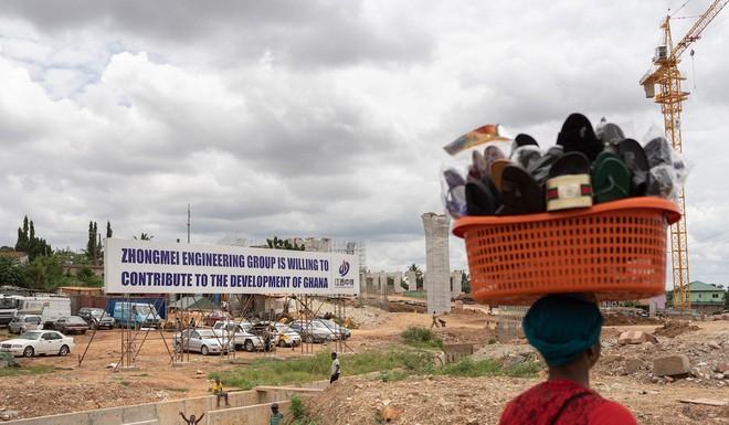 Món hời bô-xít và bức tranh ảm đạm phía sau tham vọng không điểm dừng của TQ tại châu Phi - Ảnh 3.
