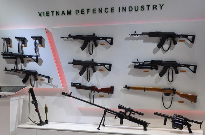 """Súng bắn tỉa hạng nặng """"Made in Vietnam"""" lần đầu xuất ngoại khiến cả Đông Nam Á ngỡ ngàng - Ảnh 1."""
