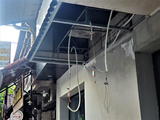 Cảnh hoang lạnh, đổ nát của loạt nhà hàng Món Huế, Phở Ông Hùng ở Hà Nội sau tin quỵt tiền - Ảnh 11.