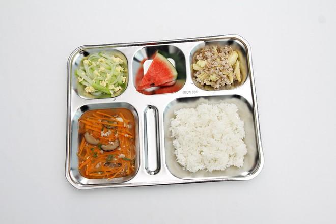 33 trường tiểu học tỉnh Tuyên Quang áp dụng Dự án Bữa ăn học đường - Ảnh 3.