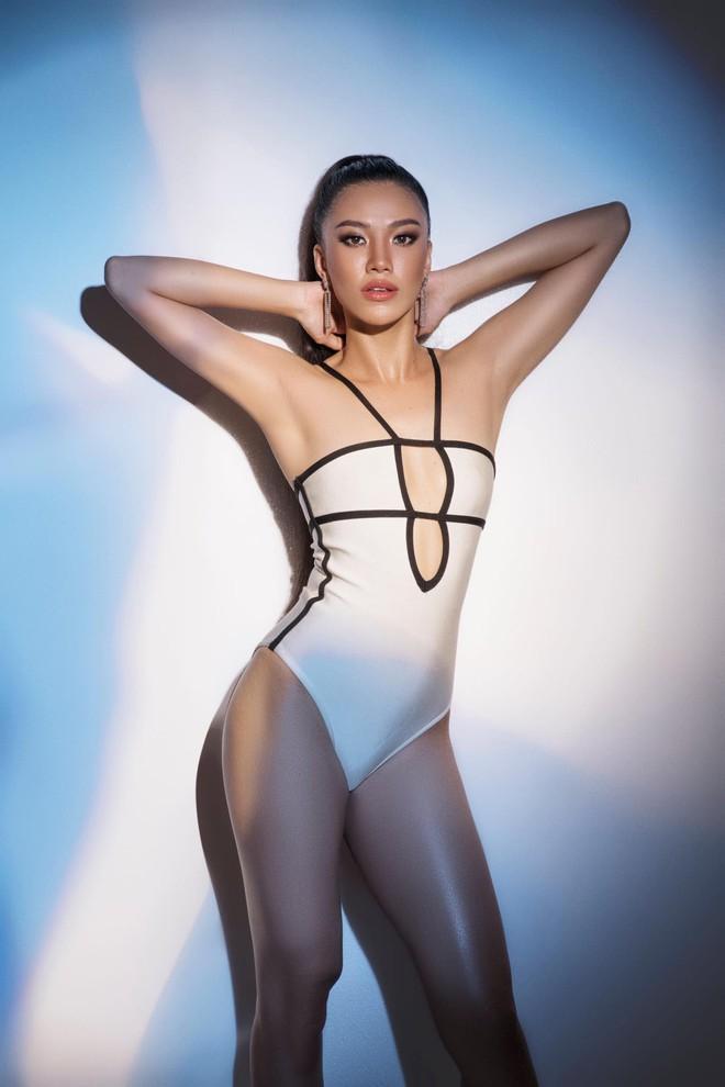 Thí sinh Hoa hậu Hoàn vũ 2019 - Kim Duyên: Tôi bị sốc, khóc liên tục 3 ngày liền, cứ thức dậy là khóc - Ảnh 1.