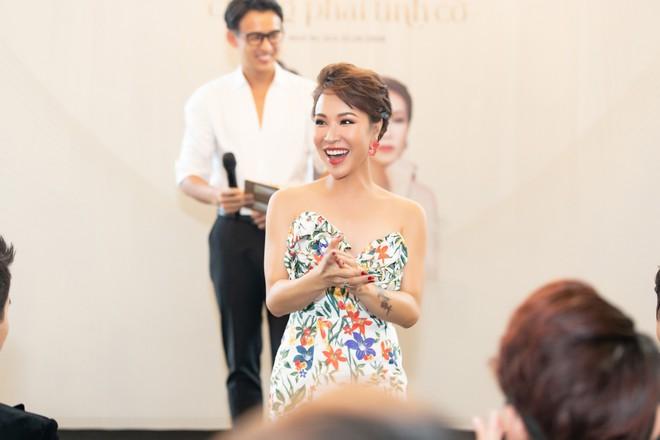 Uyên Linh, Lân Nhã tổ chức liveshow vào khoảng thời gian chưa có tiền lệ - Ảnh 3.