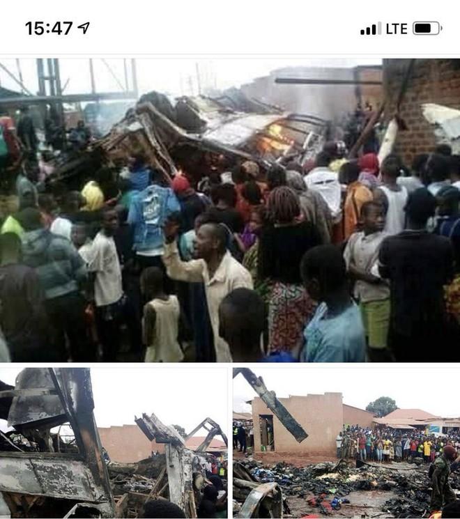Xe khách lật úp vì mất phanh, 31 người chết thảm - Ảnh 1.